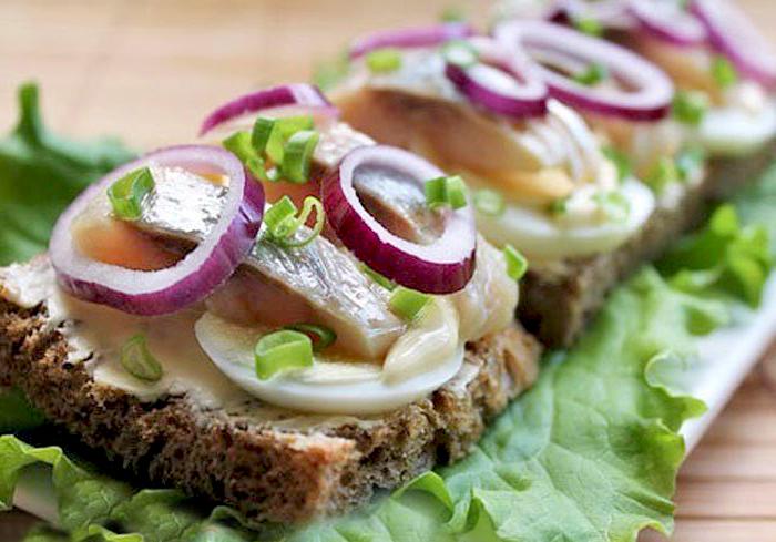 рецепт бутерброда с сельдью на другой половинке свекла