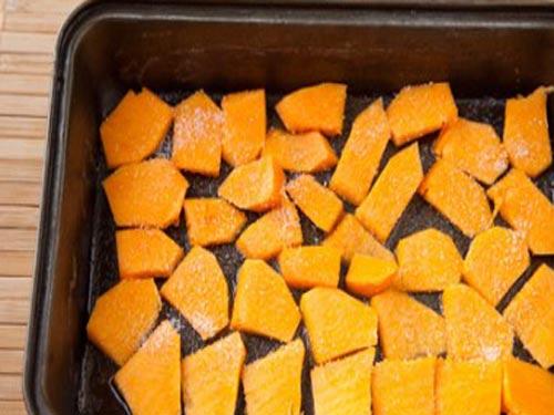 Тыква запеченная в духовке с сахаром. Как приготовить тыкву в духовке кусочками с сахаром