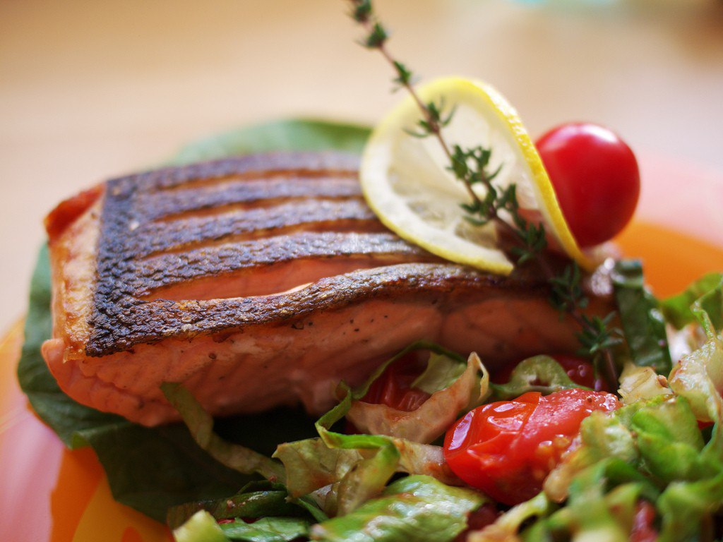 Sea bass in the multivark is obtained quite like a pan or in an oven